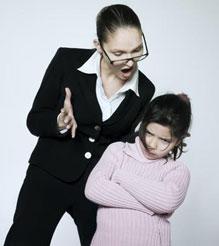 Какие есть меры воздействия на учителя, который третирует школьника?