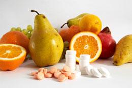 Надо ли давать ребенку витамины?