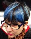 Почему у людей не бывает волос голубого цвета?