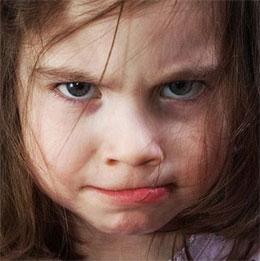 Что делать, если ребенок устраивает сцены?