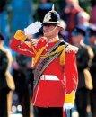 Откуда традиция военных отдавать друг другу честь?