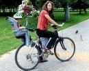 Почему велосипед не падает?