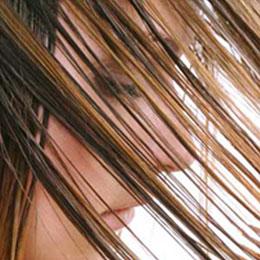 Помогают ли шампуни с витаминами улучшить структуру волос?