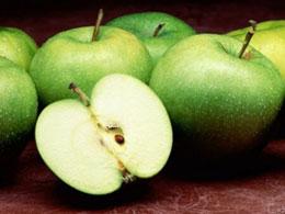 Что сделать, чтобы яблоко не темнело на срезе?