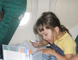 Как летать с детьми на самолете?