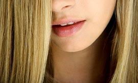 Как правильно осветлить волосы?