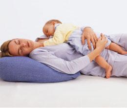 Совместный сон с младенцем – за или против?