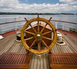 Как руль управляет судном?