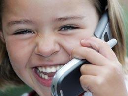 В каком возрасте можно покупать ребенку мобильный телефон?