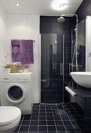 В чем преимущество душевой кабинки перед ванной?